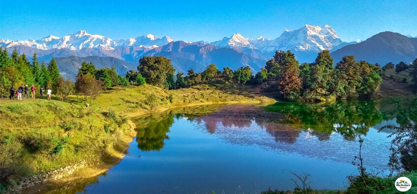 Deoria Tal - Best weekend trek near Delhi